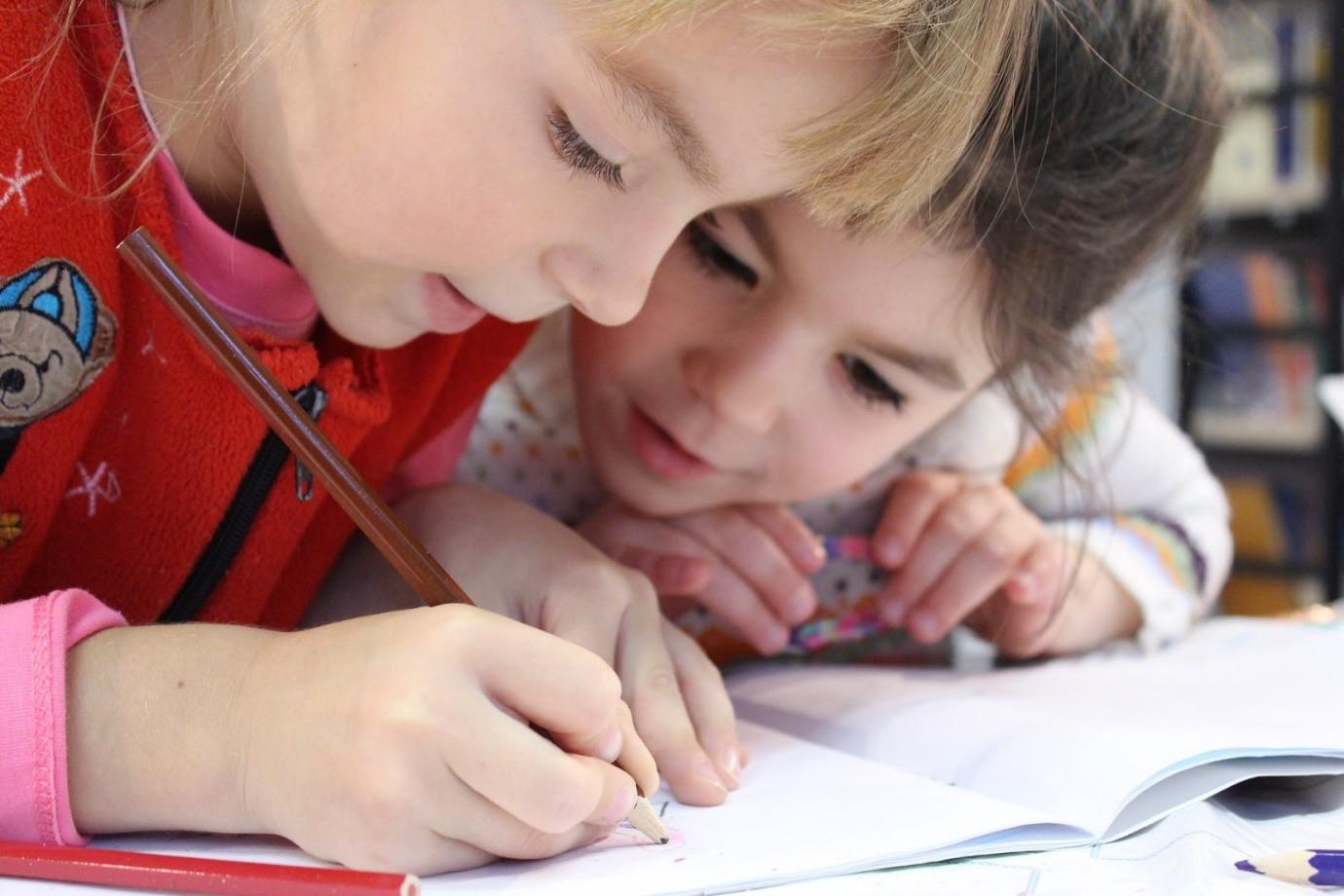 Como motivar seu filho a melhorar as notas na escola