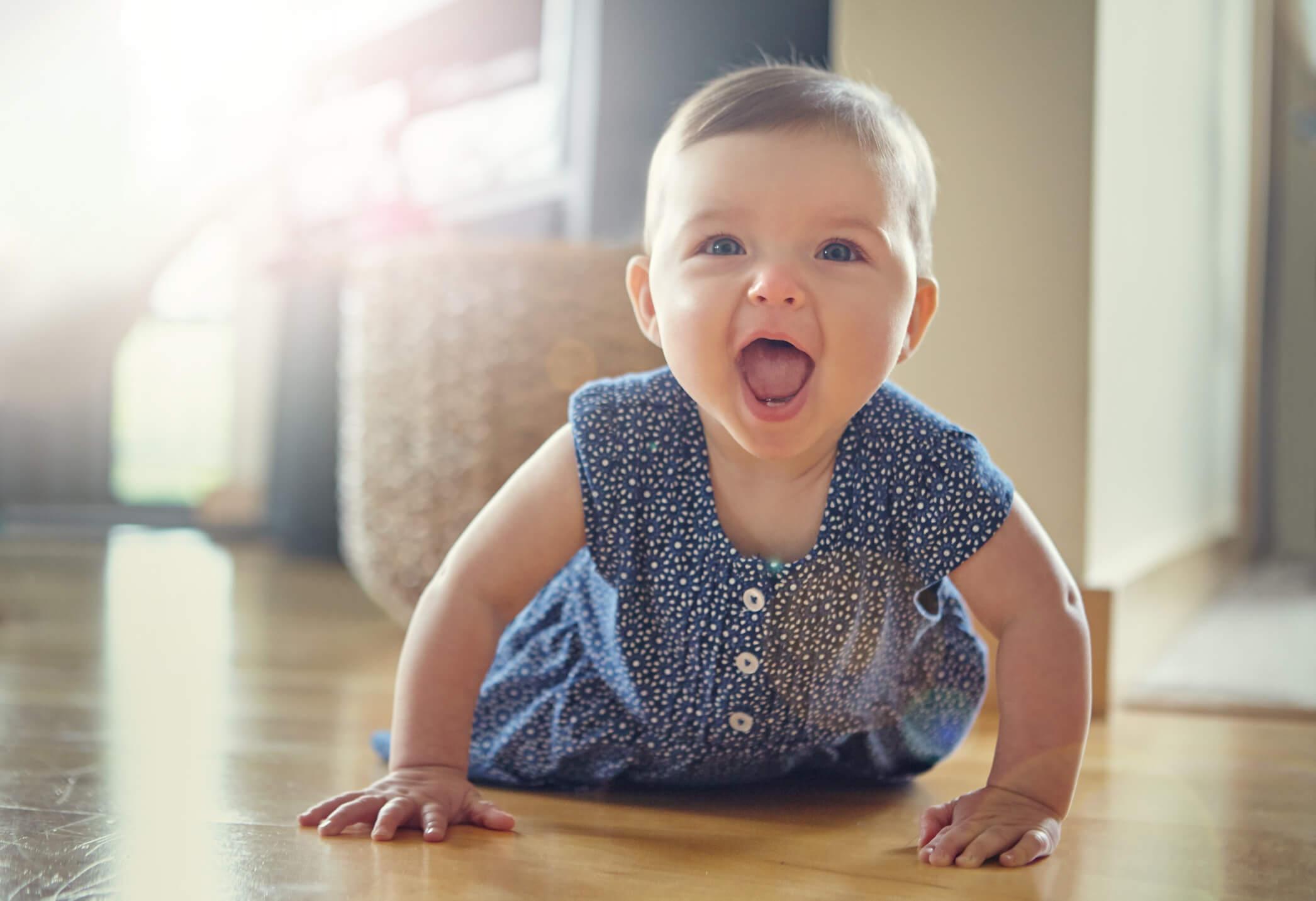 desenvolvimento do bebê mês a mês